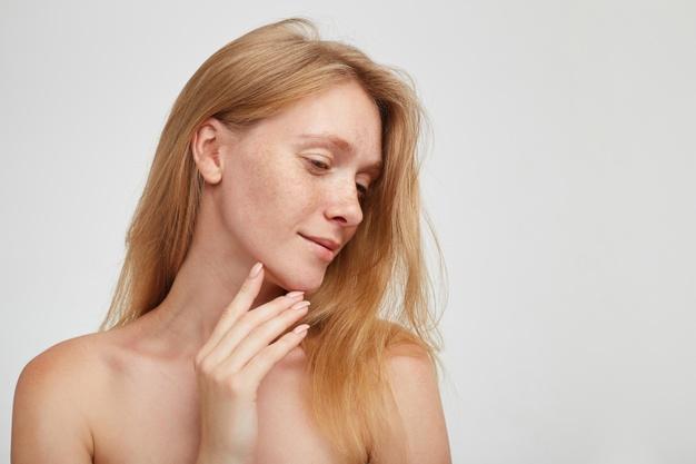 faccia di una dopo mentoplastica
